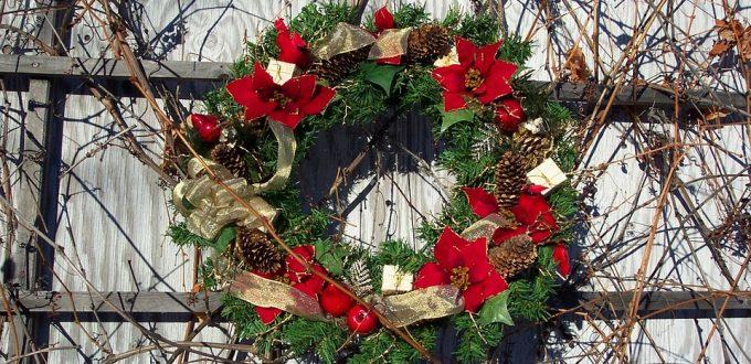 Ladies' Christmas Wreath Making Event